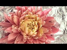 How To Create A Dahlia Using Sugar Paste