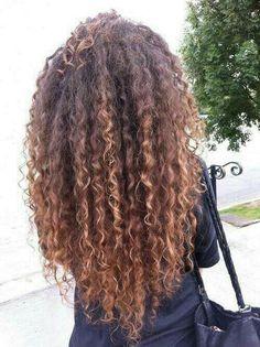 Cuuuurrrly hair!