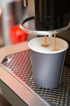 Koffie is onmisbaar als je tijdens het #werken als je #productief wilt zijn. #flexwerken #Regardz #mogelijkheden #Buitensociëteit #Zwolle