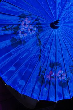 Parasol azul (von A. Azul Indigo, Bleu Indigo, Im Blue, Blue And White, Deep Blue, Azul Anil, Photo Bleu, Le Grand Bleu, Himmelblau
