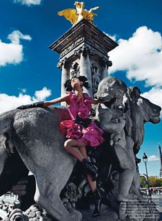 PARIS MON AMOUR Ph. Mario Sorrenti   Vogue Paris   Recine - Hair Stylist   Aaron de Mey - Makeup Artist   Igor Ouvaroff - Set Designer   Ann...