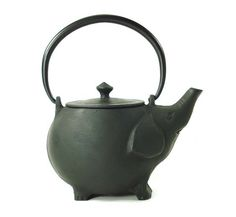 collectors cast iron tetsubin tea pots, iron teapots, japanese teapots, made in Japan