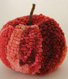 Rug Hooking Set - Apfel