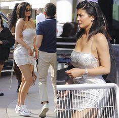 Trajes Kylie Jenner, Estilo Kylie Jenner, Kylie Jenner Outfits, Kendall And Kylie Jenner, Kylie Baby, Kardashian Beauty, Kim Kardashian, Dope Swag Outfits, Jenner Girls