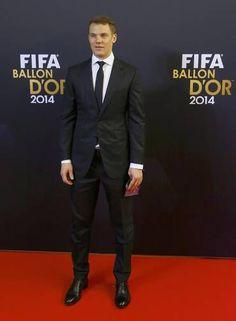 O goleiro alemão Manuel Neuer: p&b num look clássico Foto: ARND WIEGMANN / REUTERS