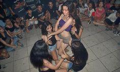 Nikmatnya Pesta Sex Ulang Tahun Sahabatku ========================   Cerita ini berawal ketika aku diundang pesta ulang tahun oleh salah satu teman baik ku, sampai disana betapa kagetnya aku melihat cewek cewek seksi dengan pakaian bikin sange..  Cerita Mesum, Cerita17 Plus, Cerita Hot Terbaru : Cerita Dewasa Pesta Sex Ulang Tahun Sahabatku
