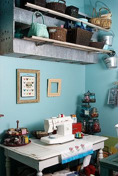 luv the idea of using old nesting roost as a storage shelf.