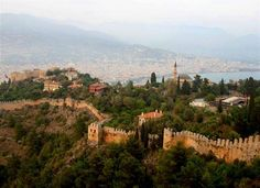 Alanya Castle - One of the most popular places to visit when you live in or visit Alanya is the castle. The views are spectacular by day or night. We always take guests of Malibu Invest Real Estate to look at the castle when they first arrive in Alanya. Alanya is an amazing place to invest and perfect for a second home in the sun. malibu-invest.com Alanya Castle - Turkey