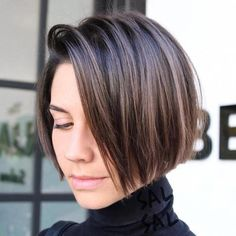 Jaw-Length Side-Parted Bob - Is your thin hair looking a little lifeless? Instead of researching haircuts for fine hair for hours on end, skip straight to a cut and style that will breathe new life into your old 'do. The benefits of a silvery chin-length bob are twofold: The sleek, short length is super sophisticated while the silvery hue is undeniably cool and trendy. #shortfinehair #bobsforthinhair