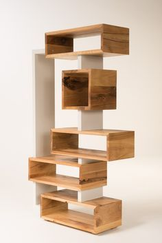 📌 Top 57 Easy Woodworking Projects to Make and - Holzkunst Diy Wood Projects, Furniture Projects, Diy Furniture, Furniture Design, Easy Projects, Building Furniture, Wood Crafts, Diy Crafts, Pallet Patio Furniture