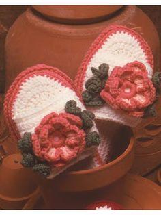 Crochet Accessories - Crochet Slipper & Sock Patterns - Anemone Slippers - Must log in to get Free Pattern Download