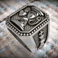 #ring #gyűrű #egyediékszer #ezüst #showmeyourrings #masterpiece #manring #pecsétgyűrű  www.matheekszer.hu Rings For Men, Instagram, Photos, Jewelry, Men Rings, Pictures, Jewlery, Jewerly, Schmuck