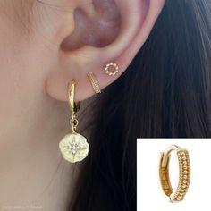 Beaded Boho Huggie Hoop- Gold Minimal tiny huggie hoop earring for or piercings Tragus Earrings, Wire Earrings, Wire Jewelry, Double Ear Piercings, Cute Ear Piercings, Braided Hairstyles For Wedding, Gold Dots, Hoop, Beaded Bracelets