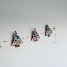 Dzisiaj Morela w szale świątecznych dekoracji :) #białamorela #domowapracownia #namiarę #papierowawiklina #wiklina_papierowa #wickerpaper #christmastree #choinki #papierowechoinki #swiatecznagirlanda