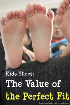 To support healthy feet in children: The 10-step expert shoe fitting process for the perfect fit.  (for no-fungus and for anti-odour feet use BriskStep cedar shoe insoles - best natural insoles against smelly feet, athlete's foot and excessive foot odor. Also suitable for children. www.briskstep.com)