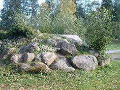 embedded boulder slope