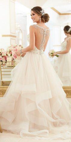 Stella York Beaded Lace Wedding Dress With Sweetheart Neckline style 6309 d / http://www.deerpearlflowers.com/stella-york-fall-2016-wedding-dresses/