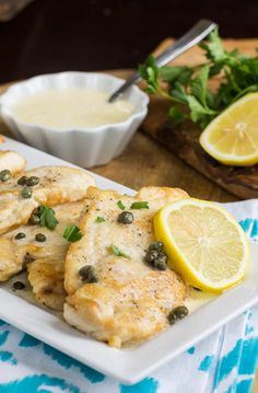 Chicken with Lemon Butter Sauce (Buca Di Beppo Copycat) Made it tonight with zucchini noodles, sooooo good! Lemon Butter Sauce, Butter Recipe, Cooking Recipes, Healthy Recipes, Lemon Chicken, I Love Food, So Little Time, The Best, Food To Make