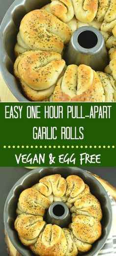 Simple and Easy One Hour Pull-Apart Garlic Rolls are infused with the flavors of garlic Cake Recipes For Beginners, Best Cake Recipes, Overnight Oats, Smoothie, Garlic Spread, Parties Food, Chopped Garlic, Recipe Today, Super Foods