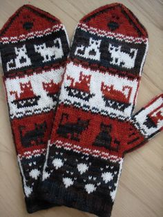 A mitten including cats and cat paw motifs. Here Kitty, Kitty includes written instructions for Crochet Provisional Cast On, and I-Cord Cast On which creates an I-Cord around the bottom of the cuff. Fingerless Mittens, Knit Mittens, Knitted Gloves, Knitting Socks, Knitting Charts, Knitting Patterns, I Cord, Yarn Stash, Mittens Pattern