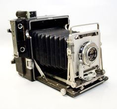 Vintage Graflex Speed Graphic 4x5 Film Camera for sale on Bonanza at: http://www.bonanza.com/listings/Vintage-Graflex-Speed-Graphic-4x5-Film-Camera-Outfit-Kit-W-Case-Lens-Backs/66765361