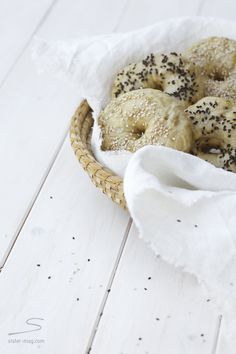 Bread Feature from Susanne Schanz im sisterMAG #food #kitchen - Bagel with recipe!    Brot-Feature im sisterMAG