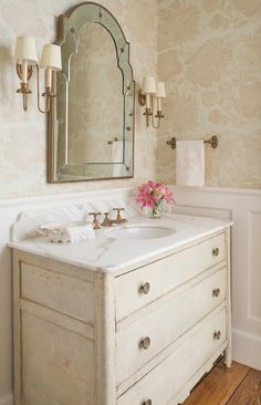 10 Timely Clever Tips: Bathroom Remodel Cost Light Fixtures bathroom remodel beach wainscoting.Bathroom Remodel Stone Glasses bathroom remodel design home decor. Ideal Bathrooms, Beautiful Bathrooms, Small Bathroom, Romantic Bathrooms, Girl Bathrooms, White Bathrooms, Luxury Bathrooms, Master Bathrooms, Master Bedroom