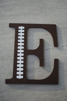Boys Football Decorative Wooden Wall Letter - This is clever. Makes me think of other ideas. Football Rooms, Football Bedroom, Football Crafts, Football Decor, Sports Decor, Football Stuff, Sports Art, Wooden Wall Letters, Letter Wall