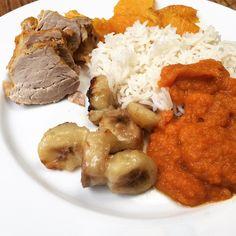filet mignon de porc aux bananes et orange#filetmignon #porc #banana #orange #cuisine #food #homemade #faitmaison N'hésitez pas à nous demander la recette nous la publierons dans notre bloghttp://ift.tt/2nr5K9O #eat #foodporn#instagood #photooftheday#yummy #sweet #yum #Instafood #dinner #fresh #eatclean #foodie #hungry #foodgasm #tasty #eating #foodstagram #cooking #delish #foodpics #french Vous pouvez nous suivre dans Twitter @mememoniq ou sur Facebook http://ift.tt/1JA3KvP