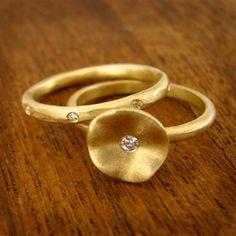 Water Lily Gold Diamond