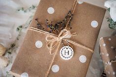 Envolver regalos puede ser muy creativo... | Decorar en familia | DEF Deco