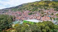 Resultado de imagem para Centro Educativo 'Montecarlo Guillermo Gaviria Correa' / EDU - Empresa de Desenvolvimento Urbano de Medellín.