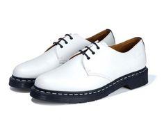 izzue-dr-martens-1461-shoes-0.jpg (540×400)