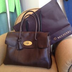 I bought this in the sale and I love it. I will be buying more items from Mulberry. Mulberry Alexa, Mulberry Bag, Leather Craft, Leather Bag, Work Bags, Best Handbags, Handbag Accessories, Fashion Bags, Clutch Bag