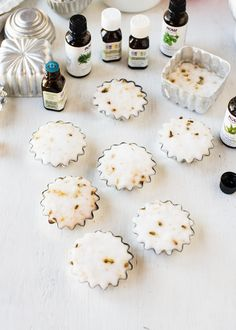 DIY Aromatherapy Shower Tablets | HelloNatural.co  #SundaySpaDay