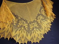 Ravelry: Golden Autumn Shawl pattern by Elena Gotlib Shawl Patterns, Knitting Patterns Free, Stitch Patterns, Free Pattern, Crochet Patterns, Knitting Ideas, Knitted Shawls, Crochet Shawl, Knit Scarves