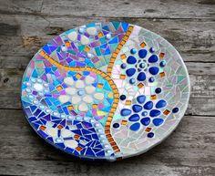 Plato de cristal mosaico azul blanco y oro por mimosaico en Etsy, $70.00