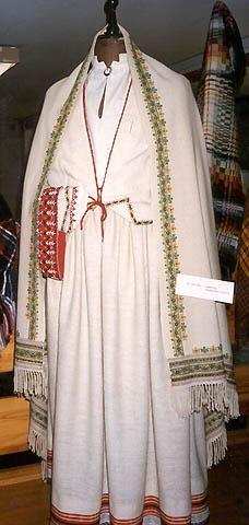 Tērpi no Austrumlatvijas daļas – Latgales, Austrumvidzemes un Krustpils
