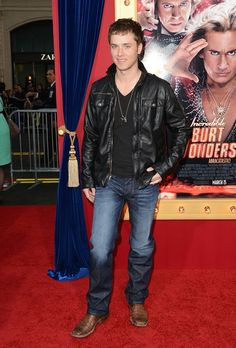 Jeremy Sumpter Soul Surfer | Actor Jeremy Sumpter attends the premiere of Warner Bros. Pictures ...