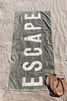 ESCAPE Towel in Sage