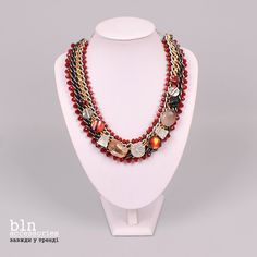 Яскраве та стильне кольє в магазинах BLNaccessories \ Bright and stylish necklace in stores BLN accessories