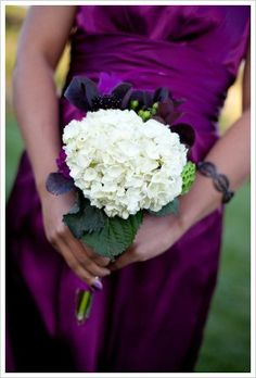 Colored wedding dress with a white bouquet?