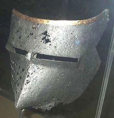 Houndskull Visor, Archaeological Museum, Veliko Tarnovo 1380-1410 ref_arm_4370_008