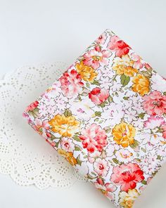 cotton 1yard (44 x 36 inches) 68568 by cottonholic on Etsy