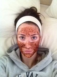 Honey lemon nutmeg cinnamon mask to fade acne scars