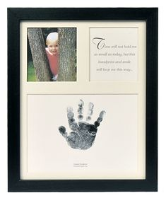 The Grandparent Gift Baby Keepsakes Little Hands Handprint Frame, Black Baby Crafts, Crafts For Kids, Preschool Crafts, Craft Gifts, Diy Gifts, Christmas Presents For Grandparents, Diy Cadeau Noel, Foster To Adopt, Foster Care