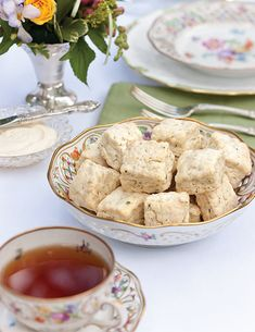 Springtime flowers are the perfect excuse to set your tea table outside on a deck or patio to witness the world's reawakening. Tea Time Magazine, Mini Scones, Savory Scones, Thing 1, Afternoon Tea Parties, Clotted Cream, Pastry Blender, Tea Sandwiches, Flower Tea