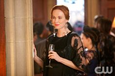 "The Originals -- ""The Big Uneasy"" -- Image Number: OR118a_0297.jpg -- Pictured: Elyse Levesque as Genevieve - Photo: Annette Brown/The CW -- © 2014 The CW Network, LLC. All rights reserved."