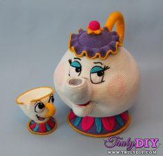 Mrs. Potts and Chip crochet amigurumi (no pattern)