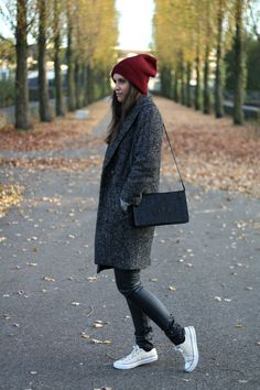 Shout-Out To You | Oversized tweed coat - HandM, burgundy boyfriend beanie - Asos, black leather look trousers - Tripp NYC